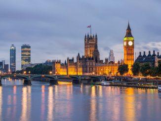London view at night