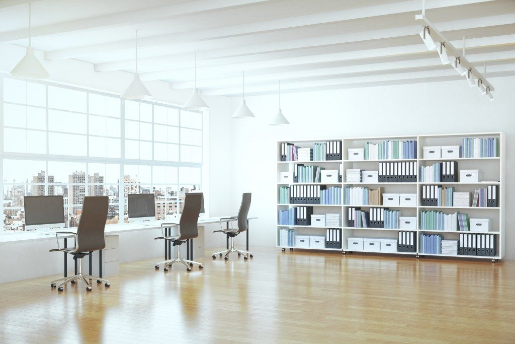 Office with natural source of ight