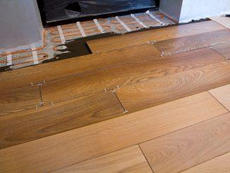 placing hardwood flooring