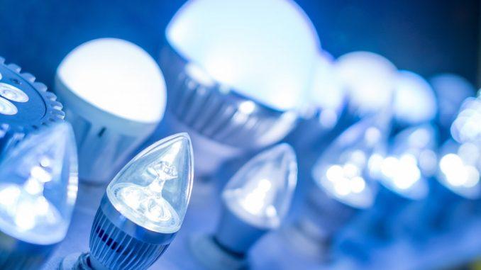 lightbulbs flashing